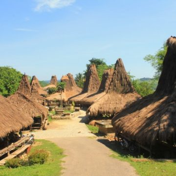 SUMBA TOUR PACKAGE 5 DAYS