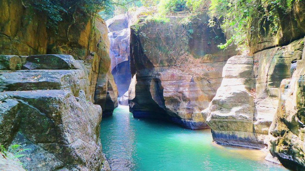 waterval bassin Wulang